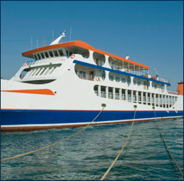 Small Boat Cruise Lines